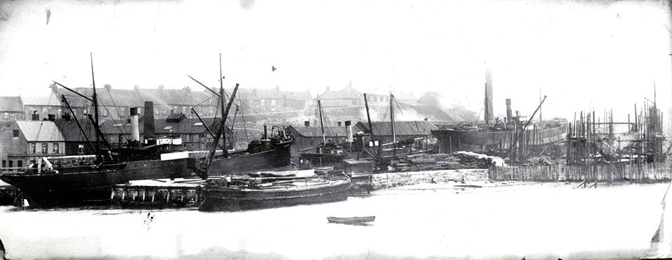 john crowns yard c1920.jpg