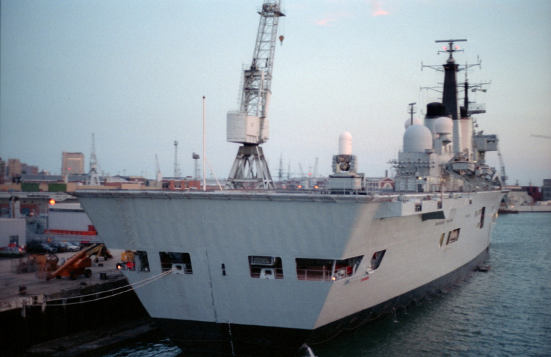 Illustrious, 31 July 1987 _3_1.jpg