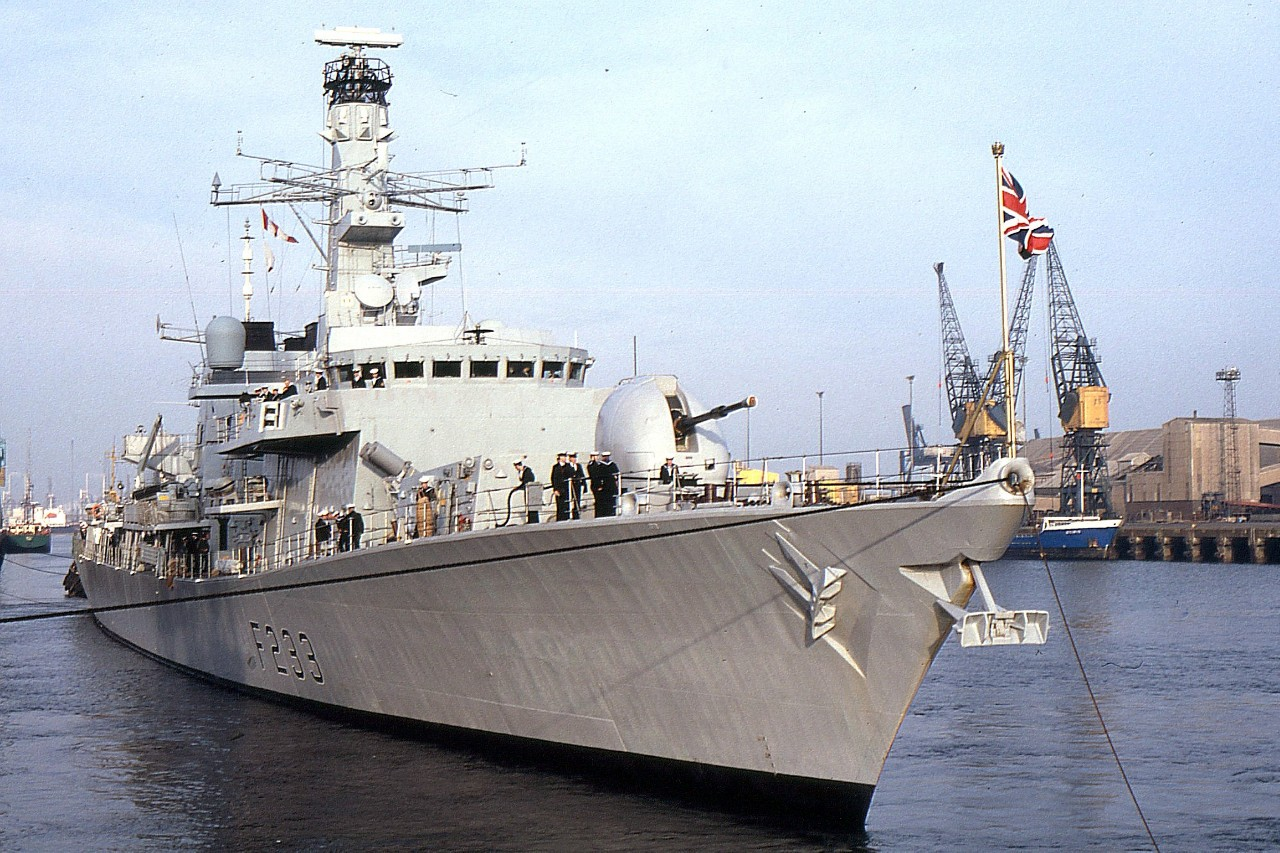 HMS MARLBOROUGH 181193d.jpg