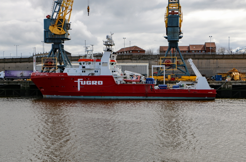 Fugro Galaxy, Sunderland, 16 April 2018 (1)_1.JPG