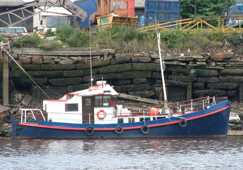 LIFEBOAT_082002_Tyne.jpg